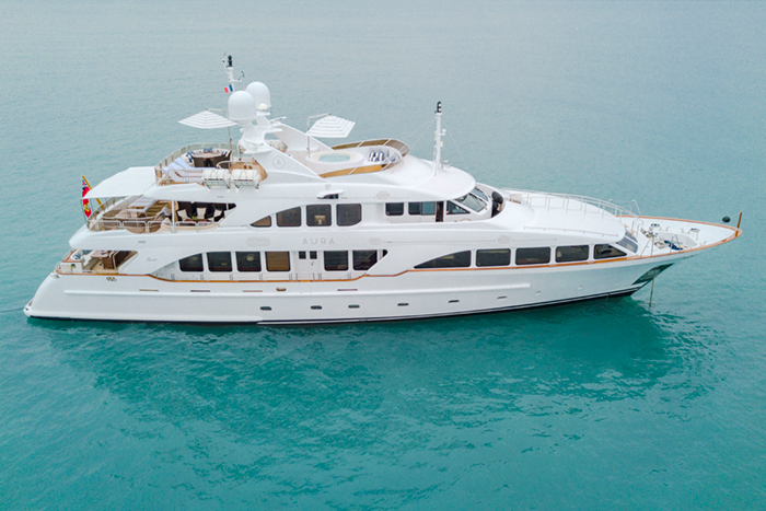 Aura Yacht