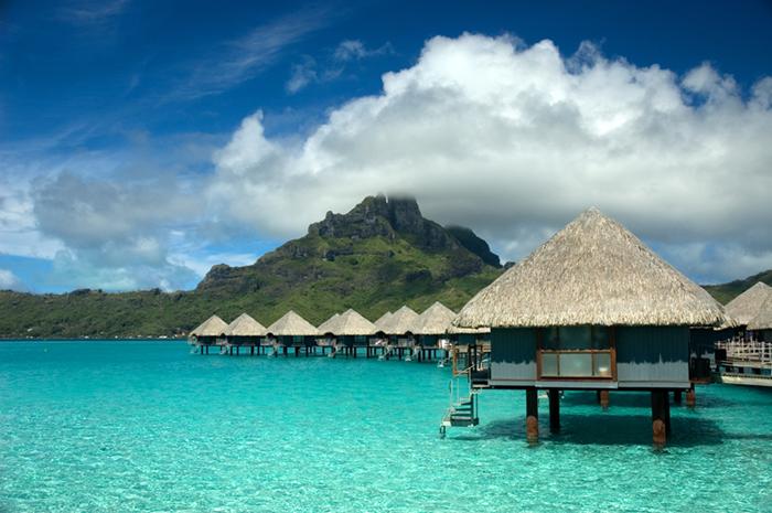 Bora Bora yacht charters