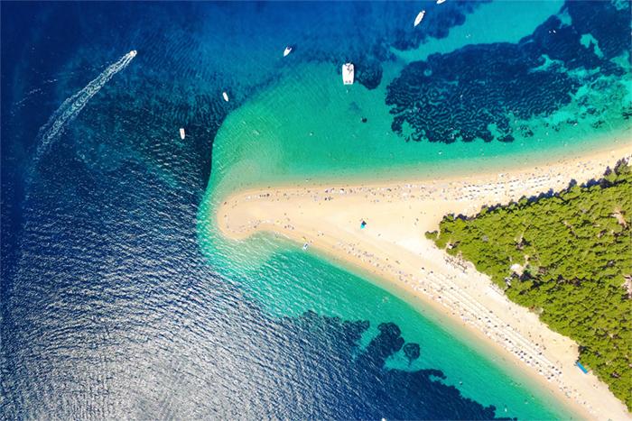 Brac yacht charters - Island Zlatni Rat beach