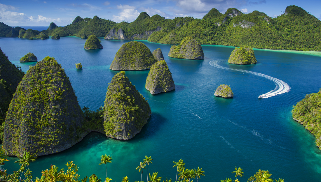 Indonesia yacht charters main image