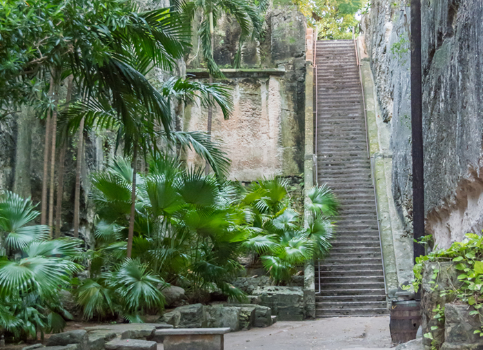 Nassau Queen's Staircase