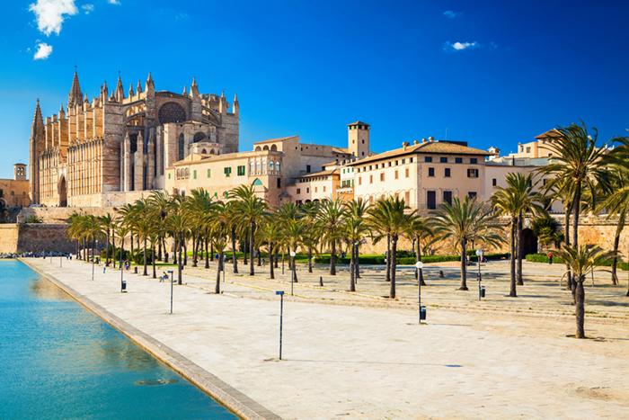 Mallorca yacht charters