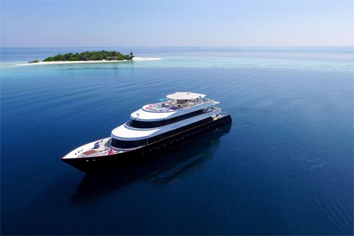 Yacht AZALEA main image