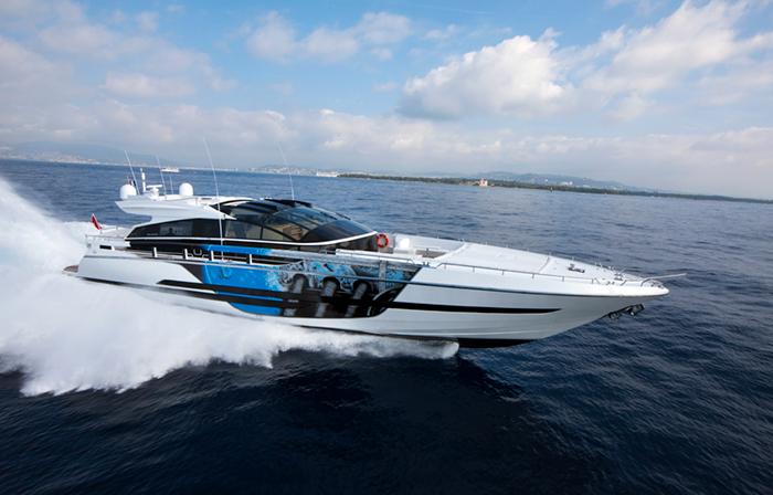 Yacht Astro