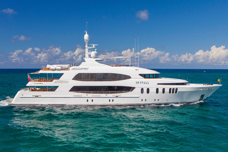 Yacht Skyfall with Helipad