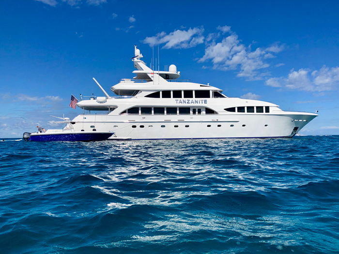 Yacht Tanzanite