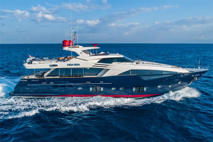 Yacht Vida Boa