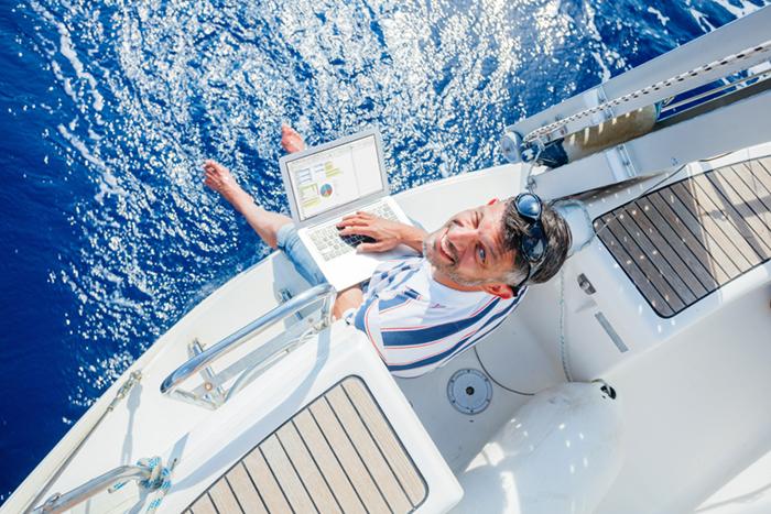 Yacht Charter Broker