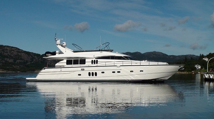 Yacht Anne Viking