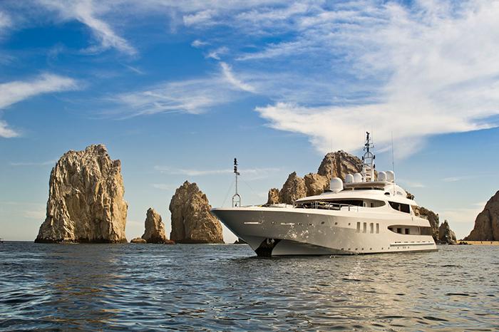 Yacht Azteca II