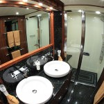 Barracuda Red Sea guest bathroom