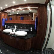 Barracuda Red Sea master bathroom