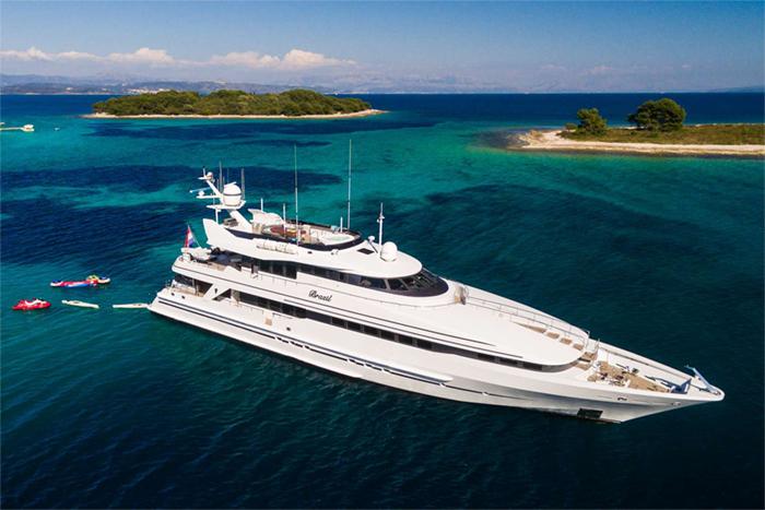 Yacht Brazil
