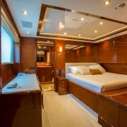 Checkmate full bed cabin