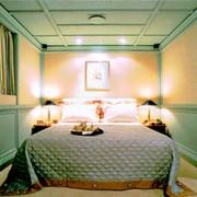 Christina O guest cabin