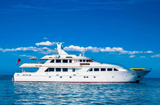 Yacht Lady J