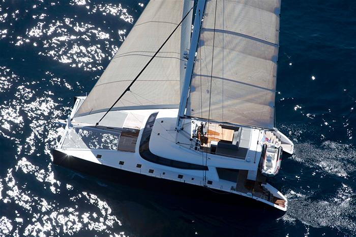 Catamaran Levante
