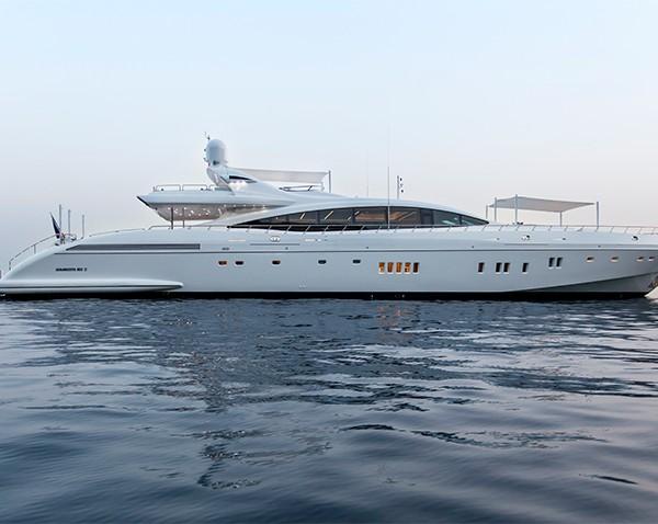 Yacht Moonraker